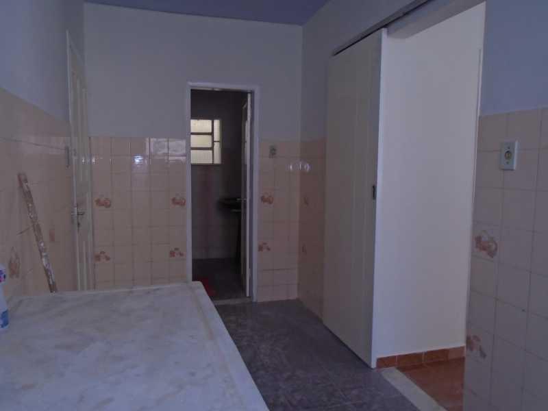 Cozinha - Trindade - Rua Justo Brito Sanches, n 37 - R 930,00 - CECA20042 - 16