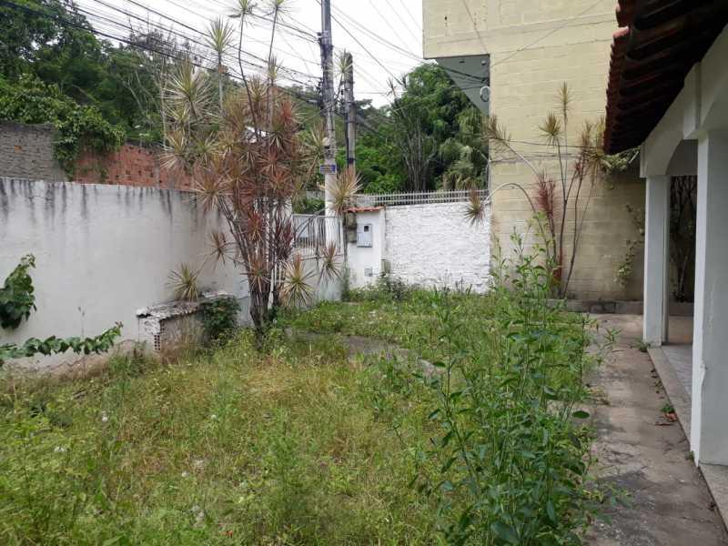 QUINTAL - FOTO 02 - SANTA CATARINA - TRAVESSA ZULMIRA, 644 TÉRREO R 1.000,00 - CECA20008 - 18