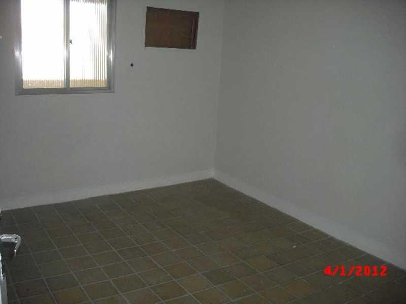 Quarto I - Zé Garoto - Rua Magistrado Francisco de Assis, 135 - sobrado 02 - R$ 850,00 - CECA20016 - 5