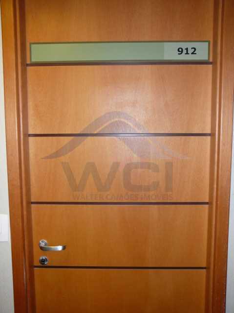porta-sala - Vendo apartamento na Barra - WCSL00024 - 21