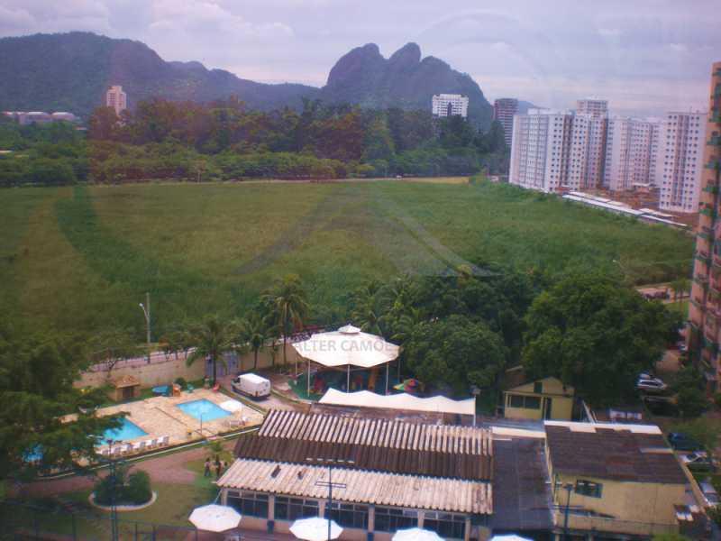 vista-sala-livre - Vendo apartamento na Barra - WCSL00024 - 5