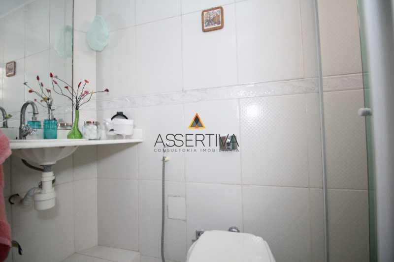 IMG_7313 - Apartamento à venda Rua Pereira da Silva,Laranjeiras, Rio de Janeiro - R$ 390.000 - FLAP20117 - 9