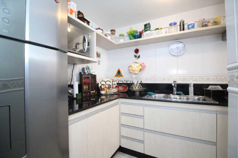 IMG_7318 - Apartamento à venda Rua Pereira da Silva,Laranjeiras, Rio de Janeiro - R$ 390.000 - FLAP20117 - 12