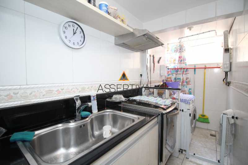 IMG_7320 - Apartamento à venda Rua Pereira da Silva,Laranjeiras, Rio de Janeiro - R$ 390.000 - FLAP20117 - 13