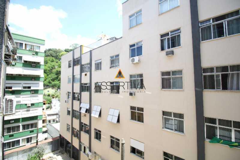 IMG_7323 - Apartamento à venda Rua Pereira da Silva,Laranjeiras, Rio de Janeiro - R$ 390.000 - FLAP20117 - 16
