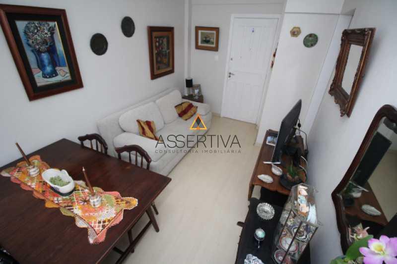 IMG_7326 - Apartamento à venda Rua Pereira da Silva,Laranjeiras, Rio de Janeiro - R$ 390.000 - FLAP20117 - 18