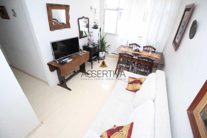 IMG_7332 - Apartamento à venda Rua Pereira da Silva,Laranjeiras, Rio de Janeiro - R$ 390.000 - FLAP20117 - 22