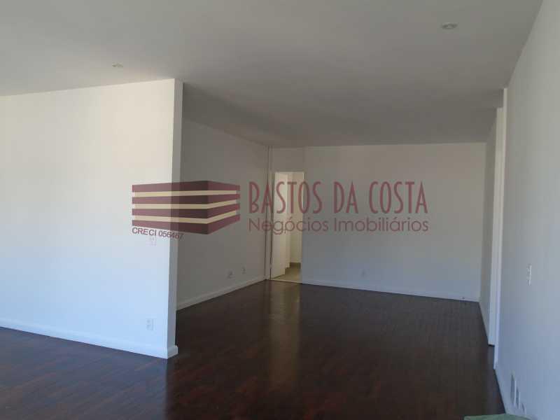 DSC02709 - Rua Paissandu, reformado com duas vagas de garagem - BAAP40007 - 3