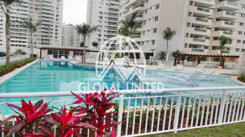 piscina. - Apartamento dois quartos na Barra da Tijuca - REAP20153 - 1