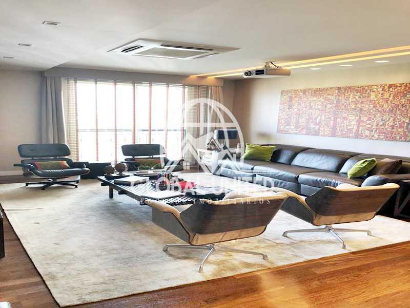 11 Sala de TV. - Apartamento Rio de Janeiro, Barra da Tijuca, RJ Para Venda e Aluguel, 4 Quartos, 435m² - REAP40019 - 13