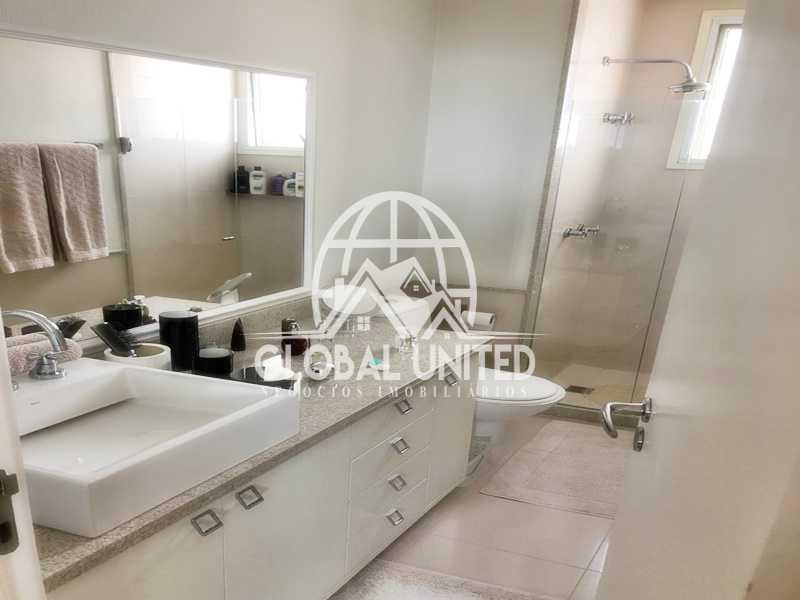 16 Banheiro Suite 2. - Apartamento Rio de Janeiro, Barra da Tijuca, RJ Para Venda e Aluguel, 4 Quartos, 435m² - REAP40019 - 19