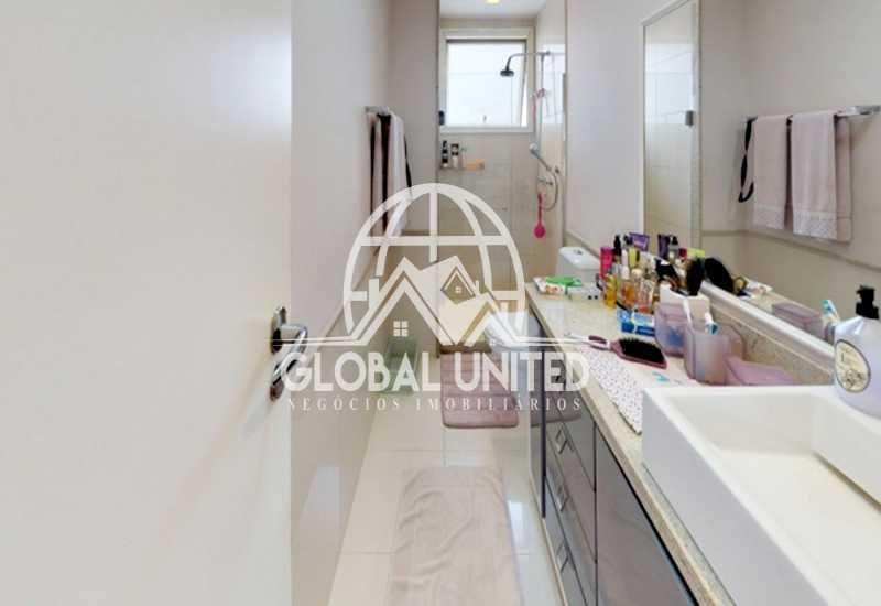 21 Banheiro Suite Master Dela - Apartamento Rio de Janeiro, Barra da Tijuca, RJ Para Venda e Aluguel, 4 Quartos, 435m² - REAP40019 - 23