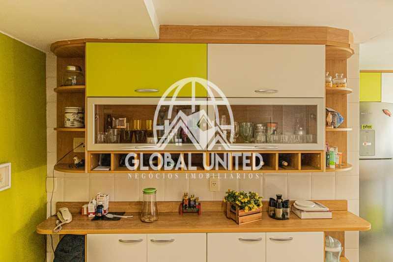 Cozinha vista 3 , Mundo novo,  - VENDA BARRA DA TIJUCA MUNDO NOVO 3QTS 1ST ANDAR ALTO VISTÃO ARMÁRIOS 2VGS - REAP30091 - 17
