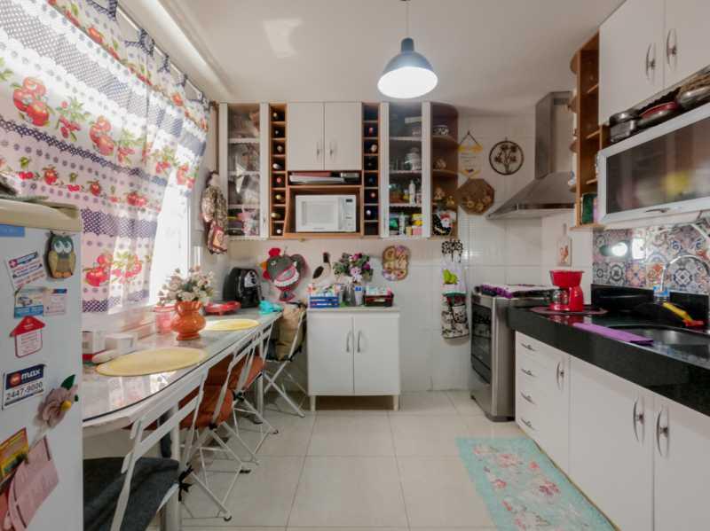 Cozinha 5 - Casa Triplex Geminada com 130m² na Rua Jose Silva, Pechincha - RECA30006 - 3