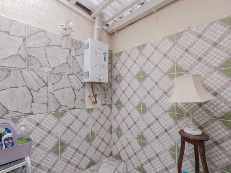 Suite1 6 - Casa Triplex Geminada com 130m² na Rua Jose Silva, Pechincha - RECA30006 - 13