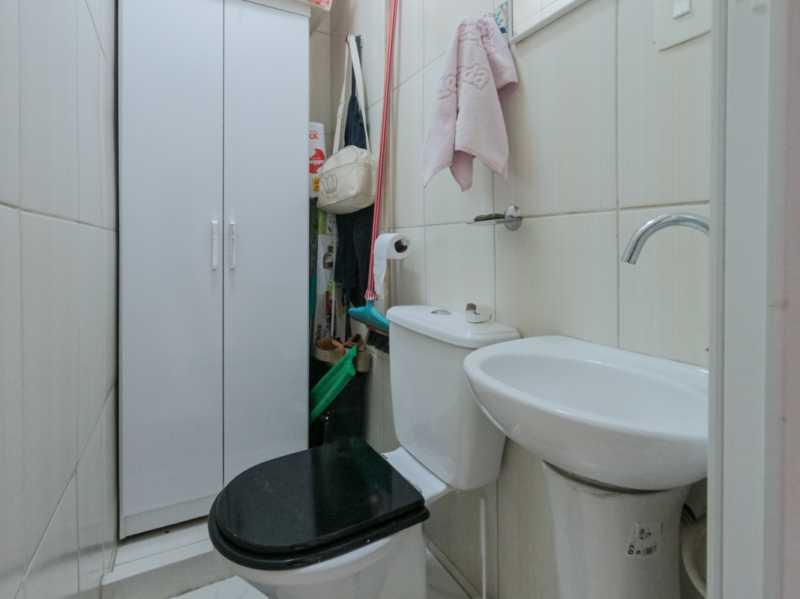 Suite1 7 - Casa Triplex Geminada com 130m² na Rua Jose Silva, Pechincha - RECA30006 - 14