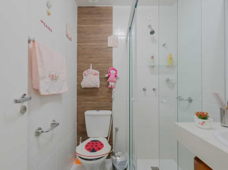 Suite3 7 - Casa Triplex Geminada com 130m² na Rua Jose Silva, Pechincha - RECA30006 - 21