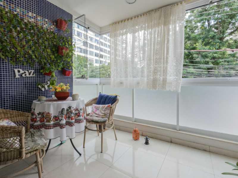 Varanda 3 - Casa Triplex Geminada com 130m² na Rua Jose Silva, Pechincha - RECA30006 - 22