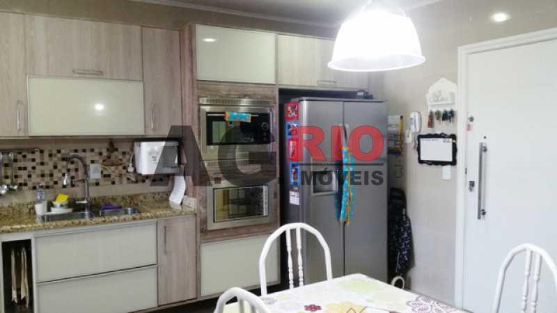 20150815_095357hj 8 - Apartamento À Venda - Rio de Janeiro - RJ - Vila Valqueire - AGV30559 - 24