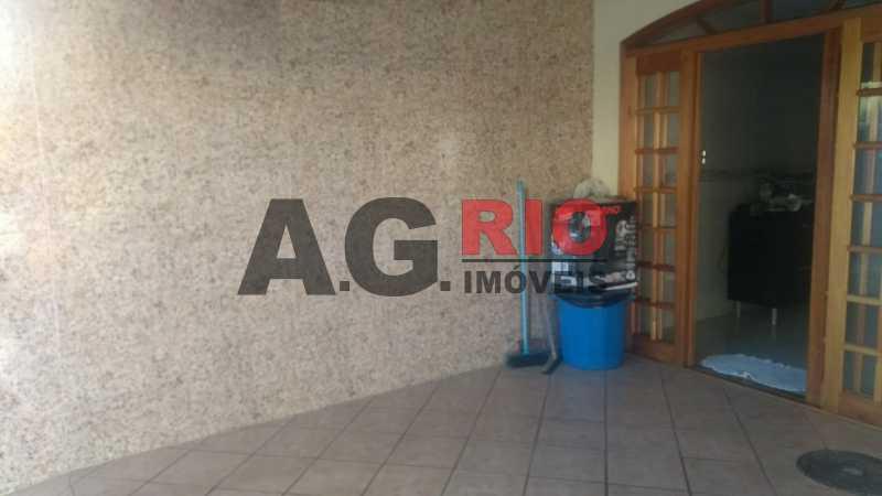 WhatsApp Image 2019-06-04 at 1 - Casa À Venda - Rio de Janeiro - RJ - Vila Valqueire - AGV72683 - 16