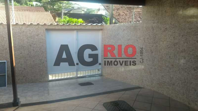 WhatsApp Image 2019-06-04 at 1 - Casa À Venda - Rio de Janeiro - RJ - Vila Valqueire - AGV72683 - 3