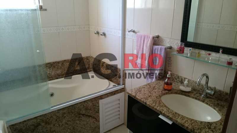 WhatsApp Image 2018-03-08 at 1 - Apartamento À Venda - Rio de Janeiro - RJ - Vila Valqueire - AGV30785 - 18