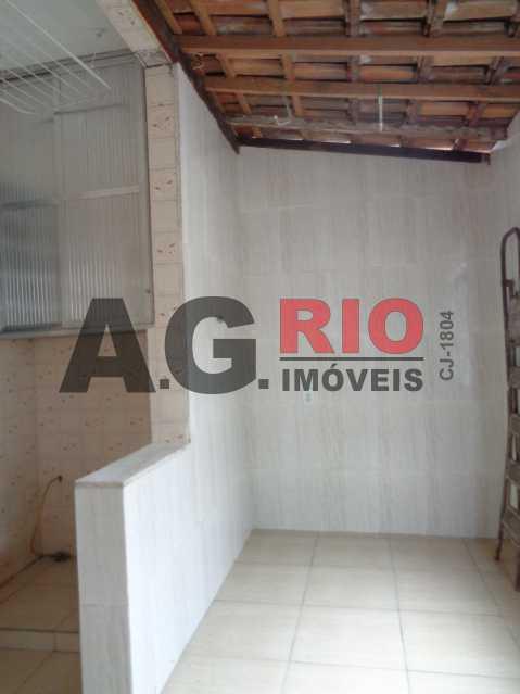 DSC09188 480x640 - Apartamento para alugar Estrada Intendente Magalhães,Rio de Janeiro,RJ - R$ 950 - VV2097 - 7