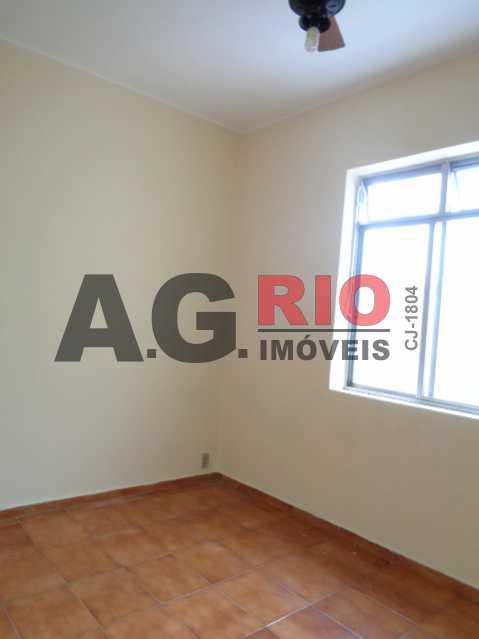 DSC09193 480x640 - Apartamento para alugar Estrada Intendente Magalhães,Rio de Janeiro,RJ - R$ 950 - VV2097 - 5