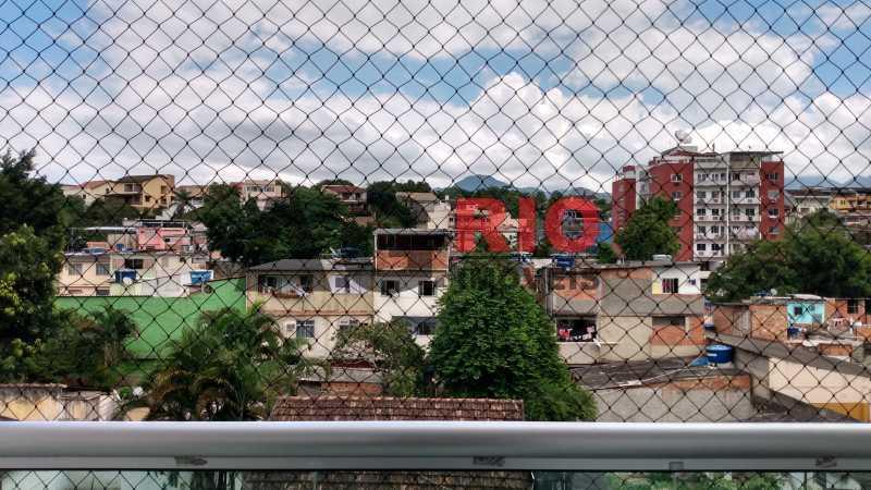 vista da varanda - Apartamento à venda Rua Iriquitia,Rio de Janeiro,RJ - R$ 270.000 - AGT23375 - 8