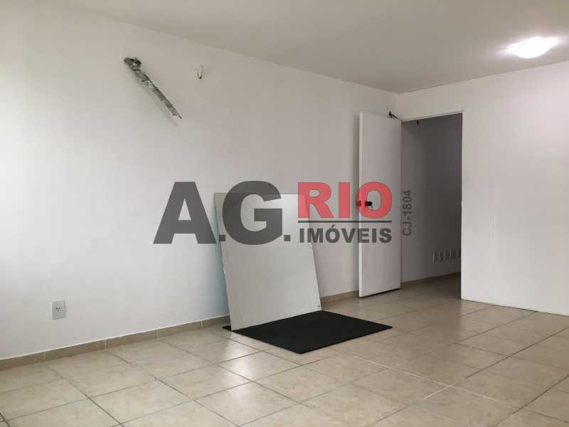 5 - Sala Comercial Para Alugar - Rio de Janeiro - RJ - Vila Valqueire - VV2434 - 6
