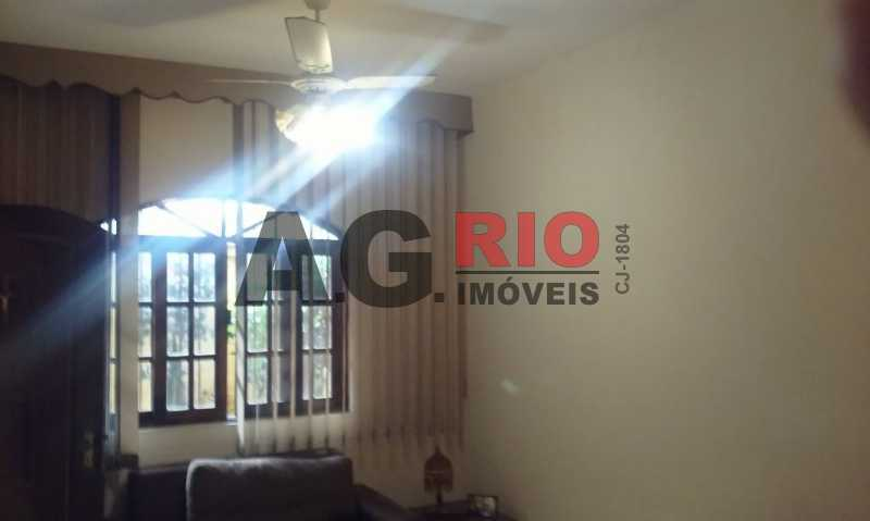 20170701_100341 - Casa À Venda no Condomínio VILA PARAISO - Rio de Janeiro - RJ - Taquara - TQCN40008 - 10