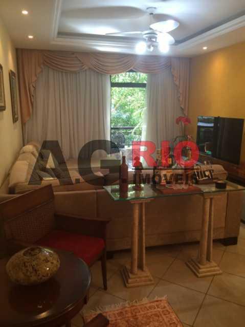 foto 1 - Apartamento À Venda - Rio de Janeiro - RJ - Vila Valqueire - AGV31316 - 10