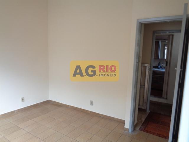 FOTO19 - Casa Rio de Janeiro, Bento Ribeiro, RJ Para Alugar, 2 Quartos, 130m² - VV3474 - 23