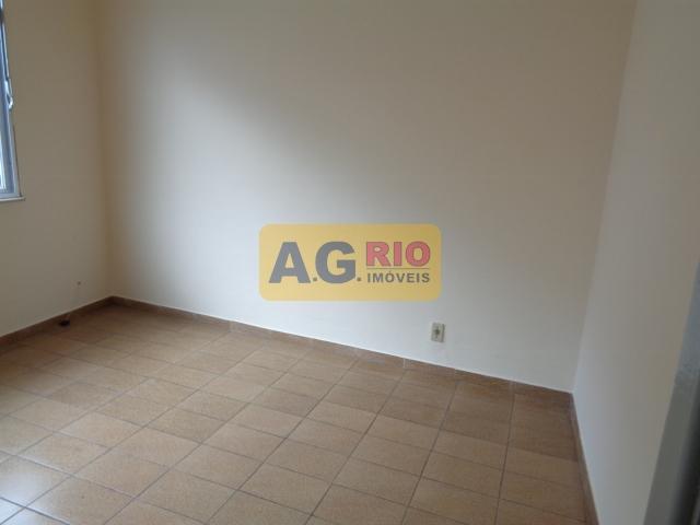 FOTO7 - Casa Rio de Janeiro, Bento Ribeiro, RJ Para Alugar, 2 Quartos, 130m² - VV3474 - 7