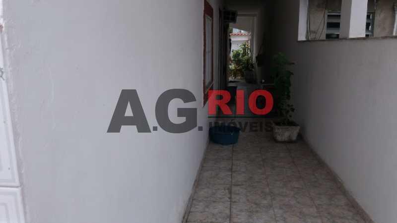 20170718_110349 640x360 - Casa À Venda no Condomínio RESIDENCIAL JOIA DA FREGUESIA - Rio de Janeiro - RJ - Bangu - TQCN40004 - 22