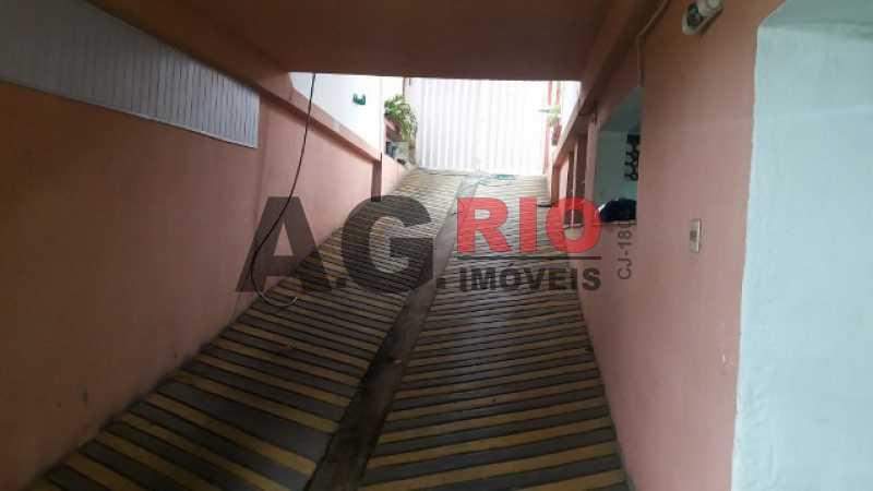 20170718_110817 640x360 - Casa À Venda no Condomínio RESIDENCIAL JOIA DA FREGUESIA - Rio de Janeiro - RJ - Bangu - TQCN40004 - 25