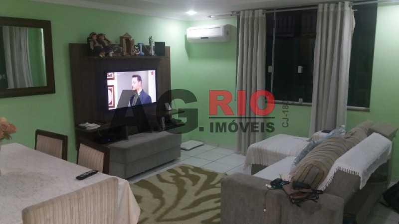 20171122_193135 640x360 640x36 - Casa À Venda no Condomínio COND. VALE DO RIO GRANDE - Rio de Janeiro - RJ - Taquara - TQCN30008 - 4
