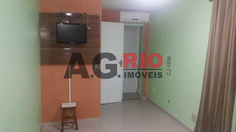 20171122_193557 640x360 640x36 - Casa À Venda no Condomínio COND. VALE DO RIO GRANDE - Rio de Janeiro - RJ - Taquara - TQCN30008 - 8
