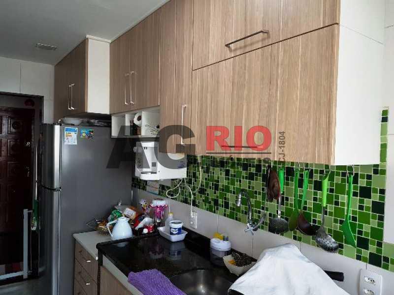 WhatsApp Image 2018-01-09 at 1 - Apartamento 2 quartos à venda Rio de Janeiro,RJ - R$ 210.000 - AGV23033 - 9