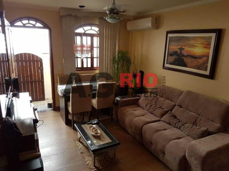WhatsApp Image 2018-01-24 at 1 - Casa 2 quartos à venda Rio de Janeiro,RJ - R$ 285.000 - AGV73640 - 1