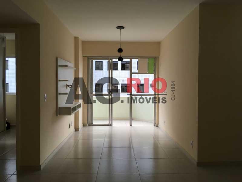 1 - Apartamento À Venda no Condomínio Ville France - Rio de Janeiro - RJ - Freguesia (Jacarepaguá) - AGF30914 - 1