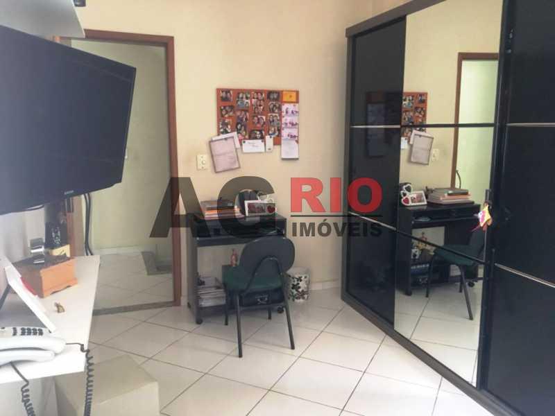 WhatsApp Image 2018-03-13 at 1 - Casa À Venda - Rio de Janeiro - RJ - Vila Valqueire - VVCA40002 - 17