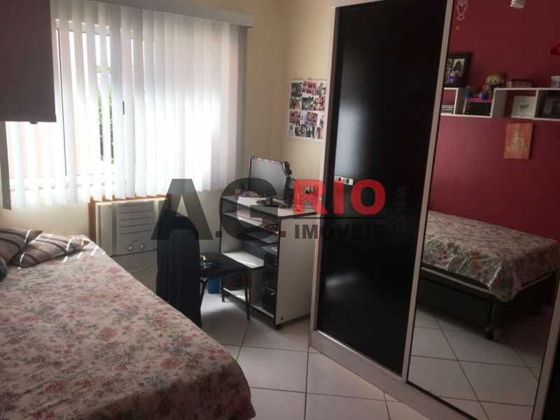WhatsApp Image 2018-03-13 at 1 - Casa À Venda - Rio de Janeiro - RJ - Vila Valqueire - VVCA40002 - 24