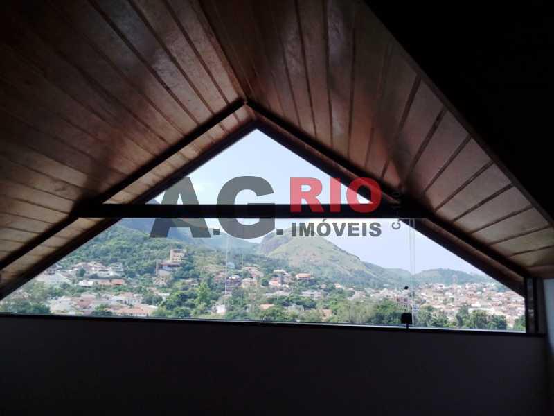 20180305_093002 - Casa À Venda no Condomínio MORADAS DA FREGUESIA - Rio de Janeiro - RJ - Freguesia (Jacarepaguá) - FRCN30002 - 13