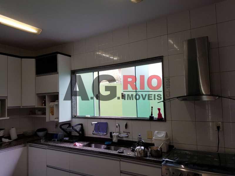WhatsApp Image 2018-04-17 at 0 - Casa À Venda no Condomínio Nova Valqueire - Rio de Janeiro - RJ - Vila Valqueire - VVCN40009 - 24
