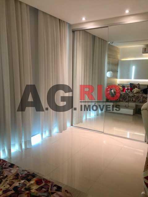 WhatsApp Image 2018-05-10 at 1 - Casa em Condominio À Venda - Rio de Janeiro - RJ - Vila Valqueire - VVCN40011 - 17