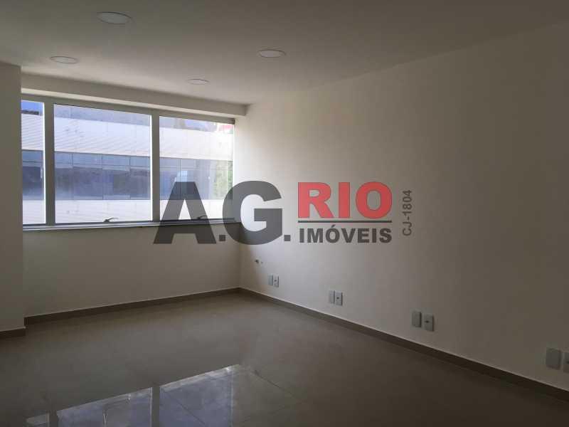 3 - Sala Comercial Para Alugar no Condomínio Target Offices mall - Rio de Janeiro - RJ - Pechincha - FRSL10001 - 4