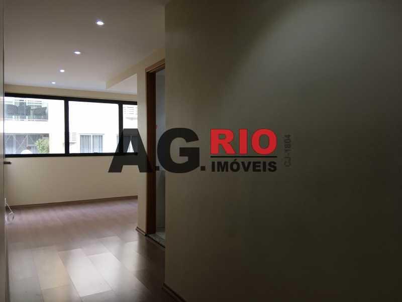 2 - Sala Comercial Para Alugar no Condomínio GLOBAL OFFICE FREGUESIA - Rio de Janeiro - RJ - Freguesia (Jacarepaguá) - TQSL00006 - 3