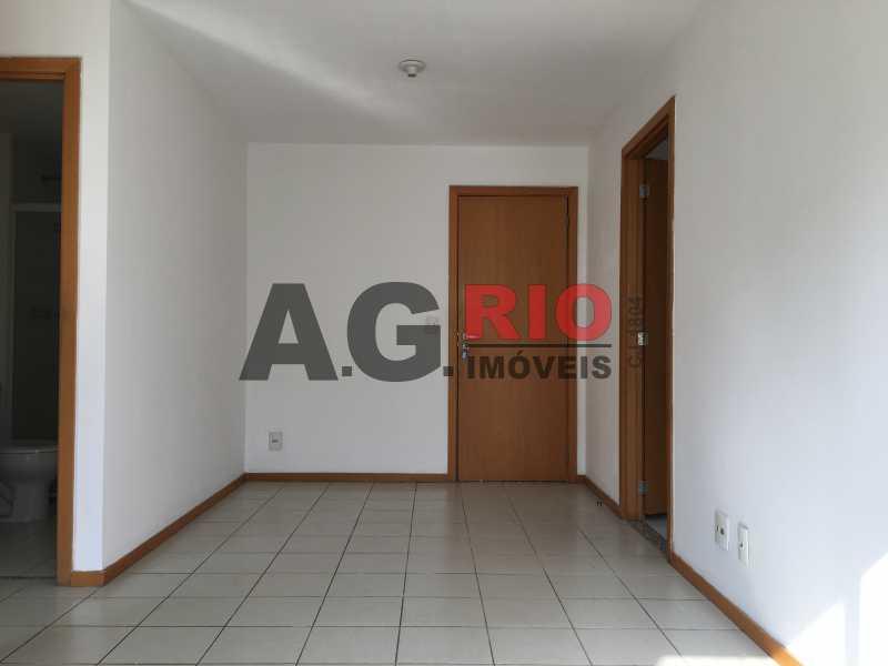 3 - Apartamento Para Alugar no Condomínio Via Corcovado - Rio de Janeiro - RJ - Quintino Bocaiúva - VVAP20305 - 4