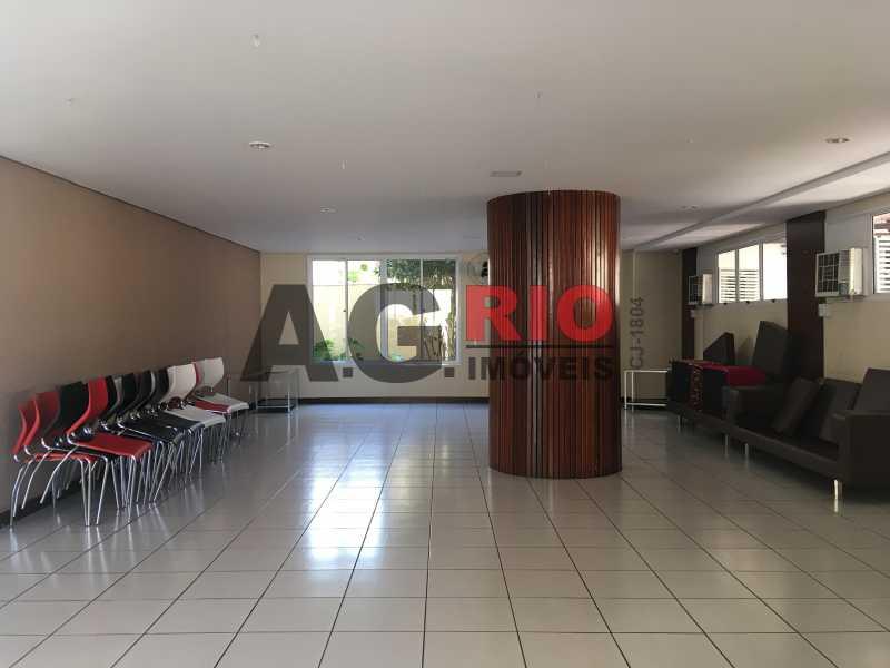11 - Apartamento Para Alugar no Condomínio Via Corcovado - Rio de Janeiro - RJ - Quintino Bocaiúva - VVAP20305 - 12